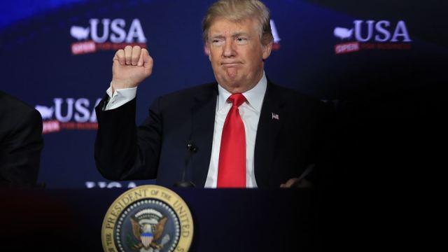 Trump felicita a estadounidenses por la fiesta mexicana del 5 de Mayo