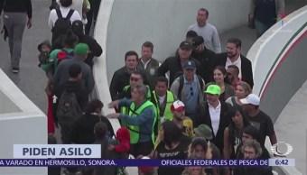 EU admite 25 solicitudes de asilo de 200 centroamericanos que llegaron en caravana