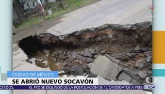 Fuga Agua Genera Socavón Carretera Tláhuac Cdmx