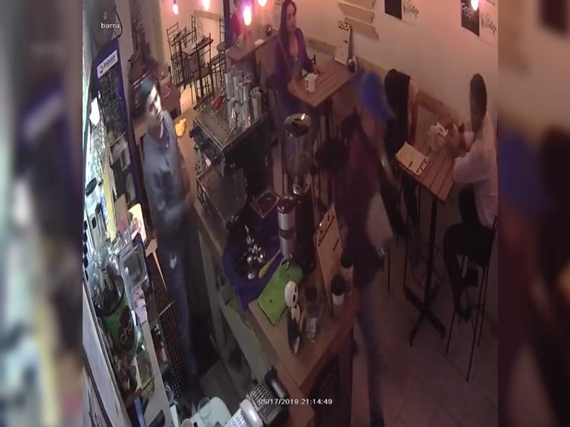 graban asalto a comensales en cafeteria de la narvarte