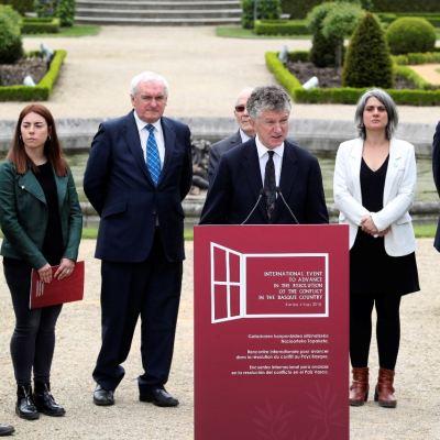 La 'Declaración de Arnaga' pone fin a ETA y llama a la 'reconciliación'