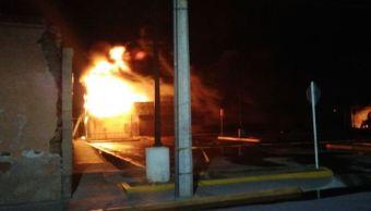 Se registra incendio en tienda de autoservicio en Zacatecas