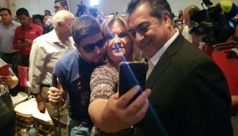 Jaime Rodríguez habla de impuestos con empresarios