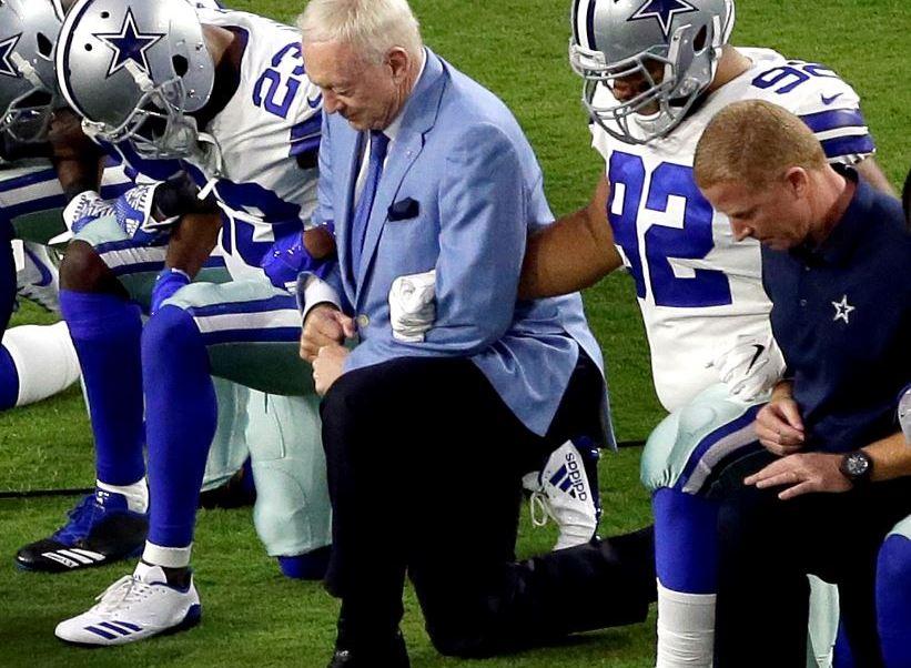 Trump aplaude la prohibición de protestar durante el himno en la liga NFL