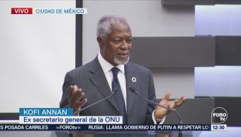 Kofi Annan dicta conferencia sobre paz y democracia en el INE