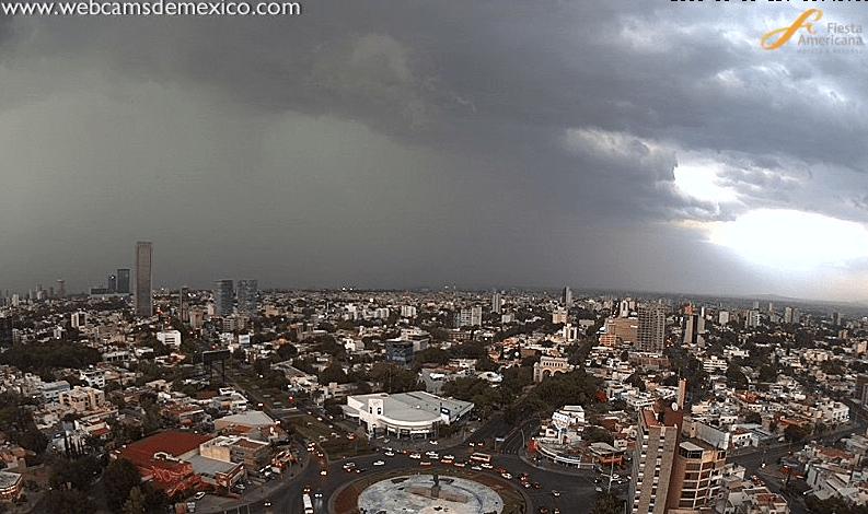 Lluvia intensa afecta Guadalajara y el municipio de Zapopan