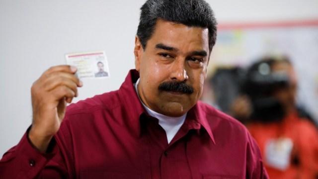 Maduro vota en las elecciones presidenciales con que busca reelegirse