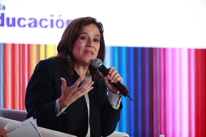 Candidatos reconocen decisión de Margarita Zavala