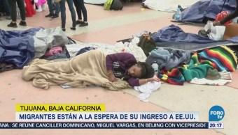 Migrantes siguen varados en la frontera a la espera de ingresar a EU