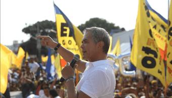 Mancera participa en evento masivo del Frente