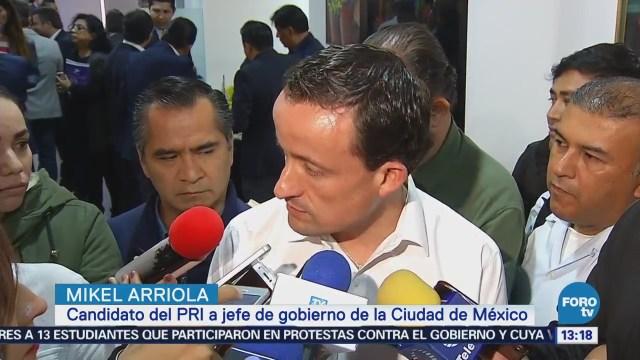Mikel Arriola llama voto útil