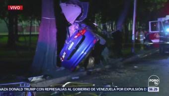 Mueren dos personas en accidente vehicular en CDMX