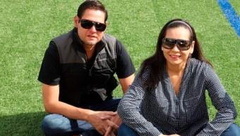 Hombre supera expectativa de vida con 3 riñones donados por su familia