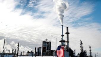 Precios del petróleo inician la semana al alza