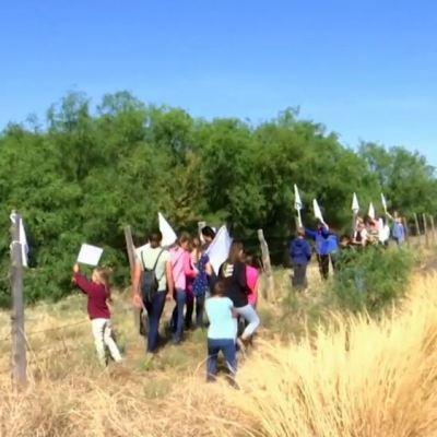 Tras ataque en Chihuahua, familia Lebarón coloca banderas blancas por la paz