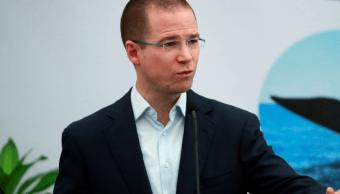 Ricardo Anaya ofrece certidumbre para que los empresarios inviertan en México