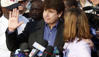Trump considera conmutar prisión al exgobernador Rod Blagojevich