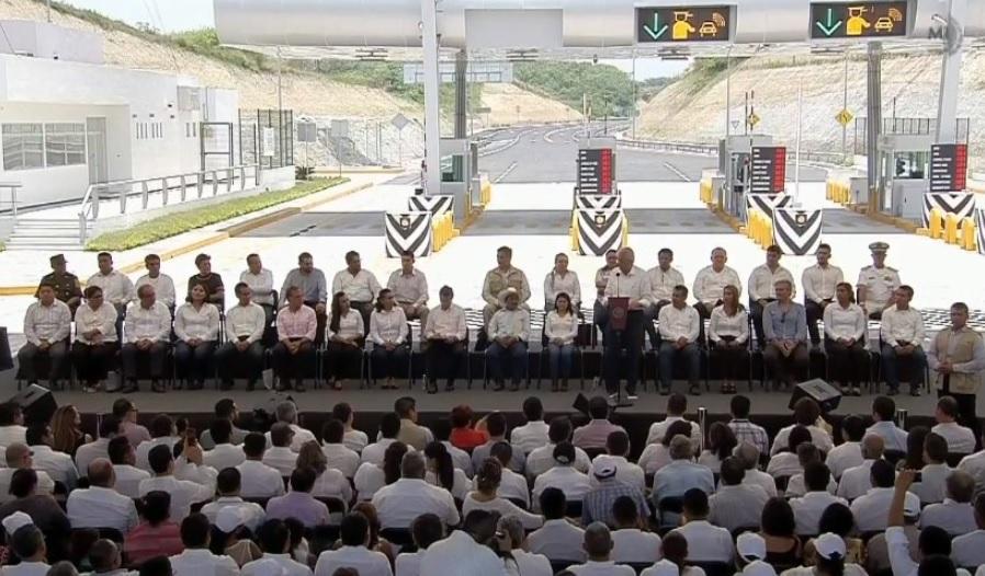 Ruiz Esparza destaca inversiones sin precedentes en Veracruz