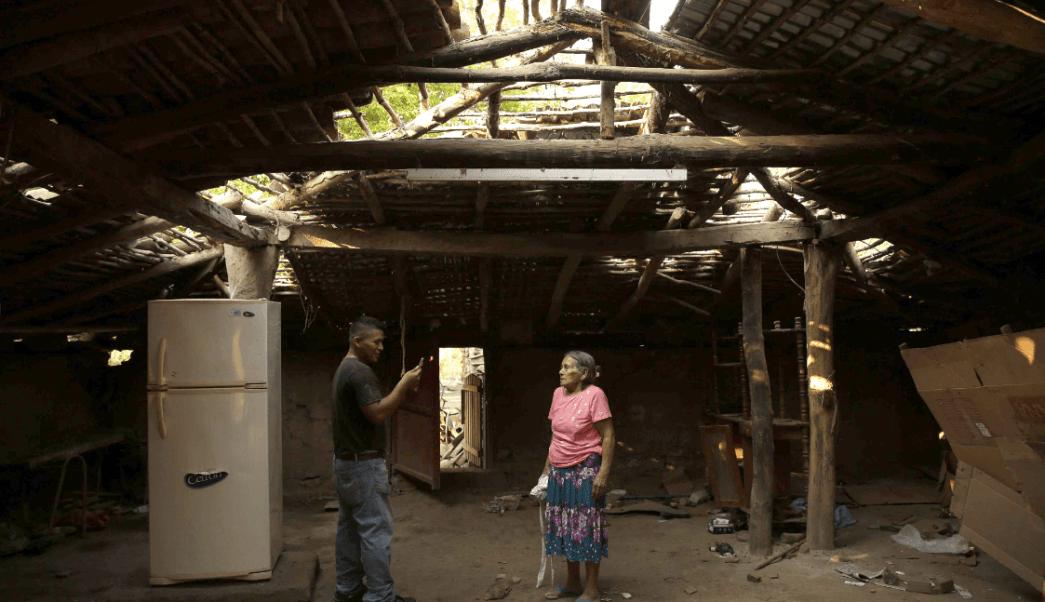 Afectados por sismos en El Salvador piden ayuda