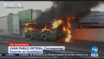 Se registra quema de camiones tras balacera