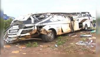 Cuarenta muertos en accidente de autobús en Uganda