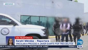 Vinculan a proceso a Javier Duarte por tres delitos