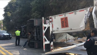 vulca trailer en la carretera naucalpan toluca