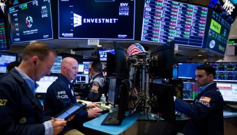 Wall Street cierra mixto y Dow Jones retrocede