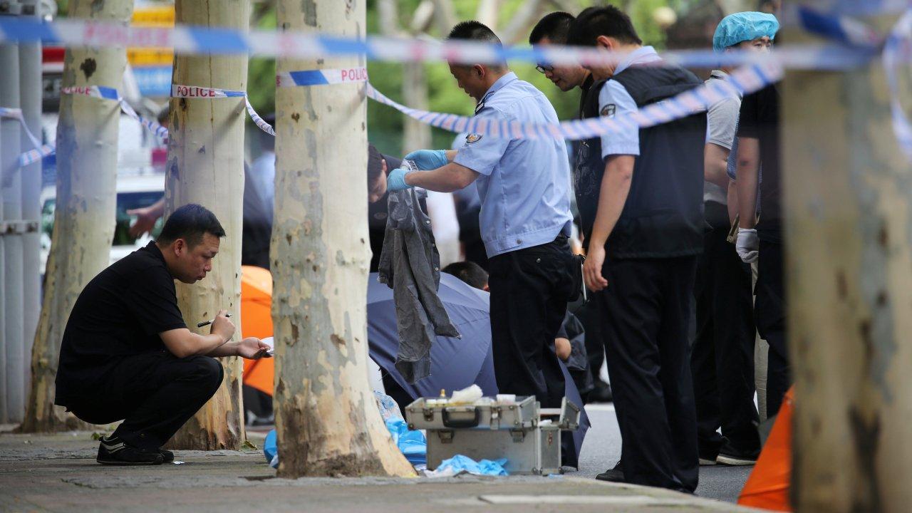 Hombre mata a puñaladas a dos niños cerca de escuela china