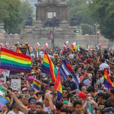 Realizan marcha por el orgullo gay en la Ciudad de México