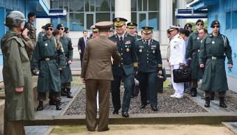 las dos coreas inician dialogo reducir tensiones militares