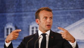 Macron propone centros de desembarco para inmigrantes