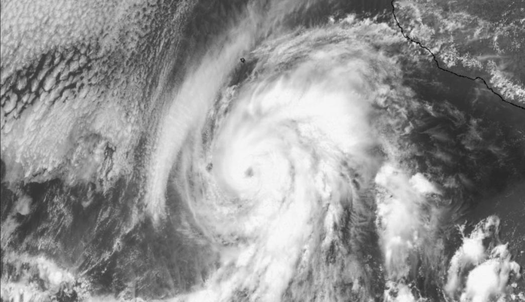 Aletta cobra fuerza y se convierte en huracán