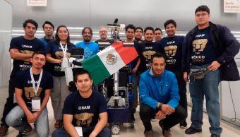 Alumnos de la UNAM ganan segundo lugar en Robocup 2018