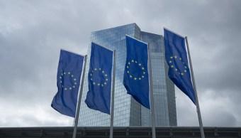 Aumenta inflación en zona euro, BCE no prevé ajuste de tasas