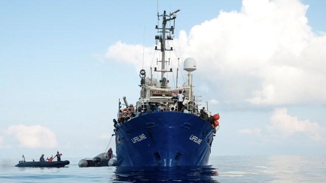 Malta recibirá a 230 inmigrantes a bordo del barco 'Lifeline