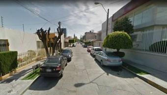 Delincuentes asaltan a cuentahabientes dentro de inmueble en León