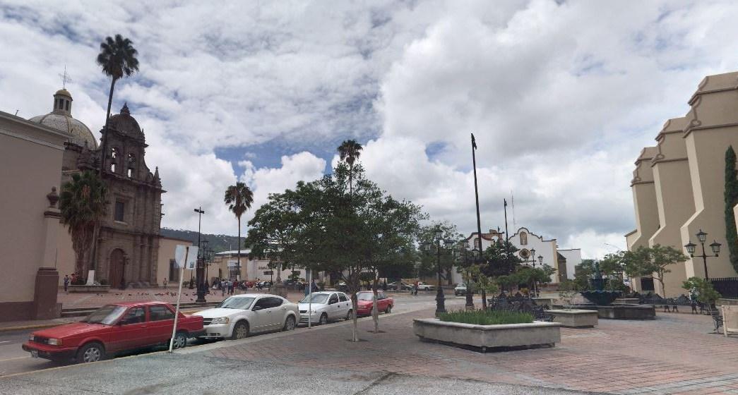 Civiles agreden a marinos en Ciudad Guzmán, Jalisco