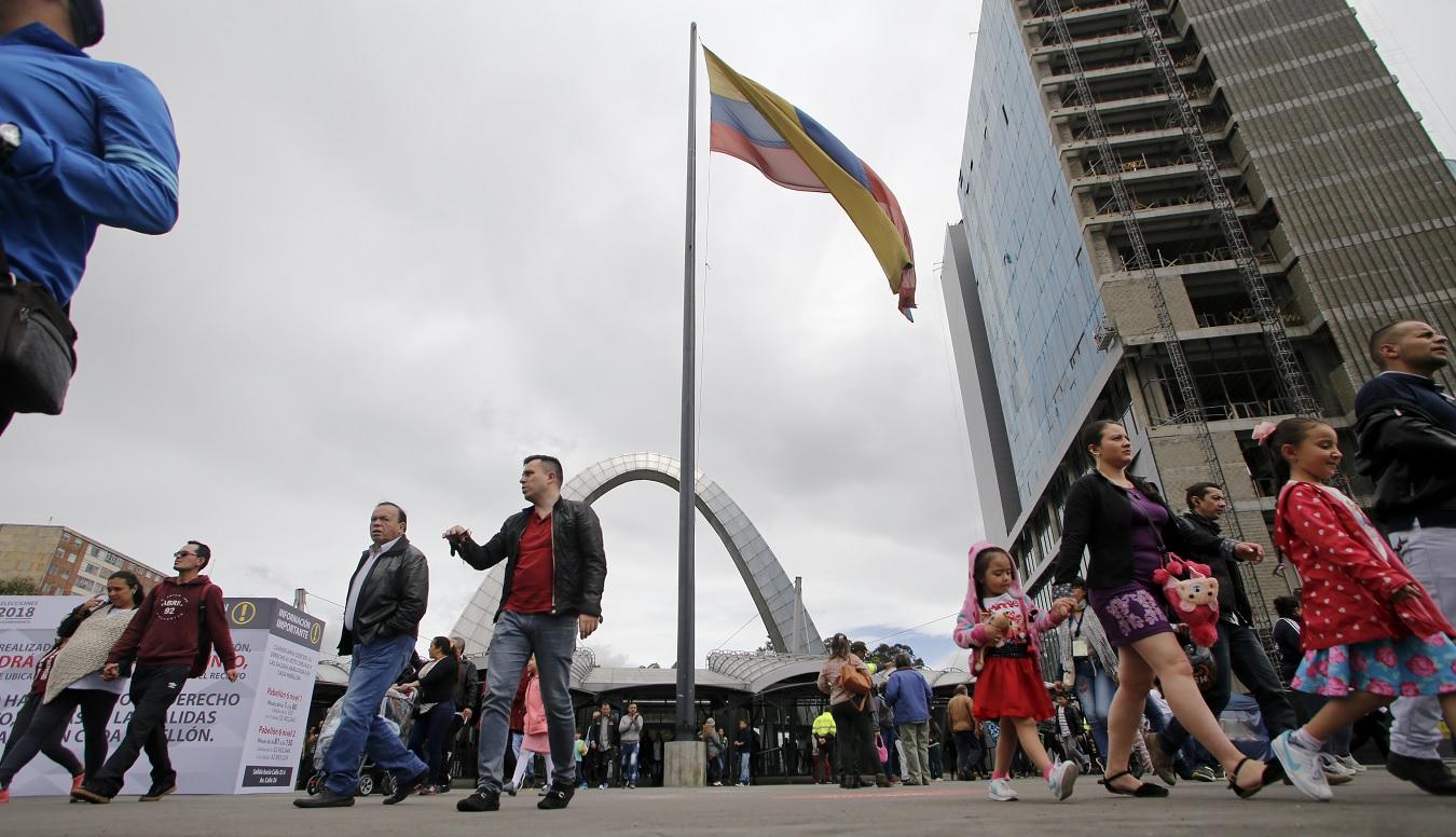 Anuncia el ELN nuevo cese del fuego por elecciones — Colombia