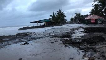 Suman tres muertos temporada de lluvias en Colima