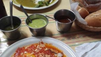 Mexicanos gastan 1,400 pesos en desayunos familiares futboleros