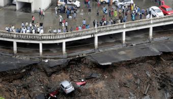 Lluvias del monzón dejan 3 muertos en Bombay, India