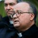 Enviados del papa a Chile prometen ayudar víctimas