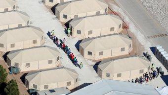 Estados Unidos niega niños migrantes peones fines políticos