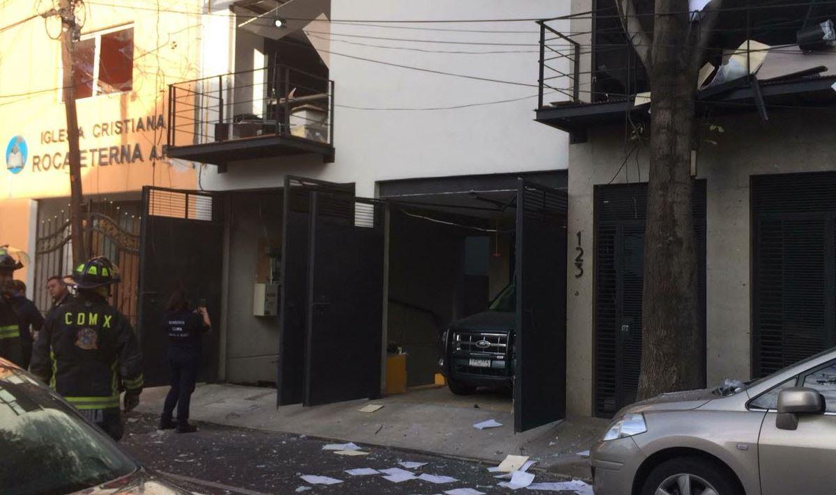 Debido a la explosión, cuatro departamentos resultaron afectados. (Noticieros Televisa)
