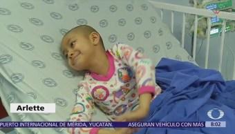 Fundación a niños con leucemia