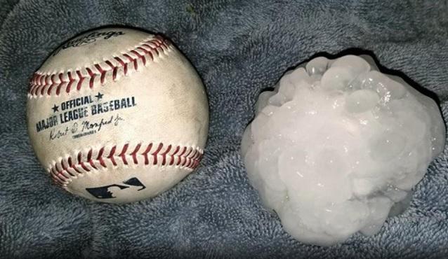 Granizos tamaño pelotas béisbol ocasionan daños Texas
