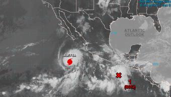 Huracán 'Aletta' se fortalece y alcanza categoría 4