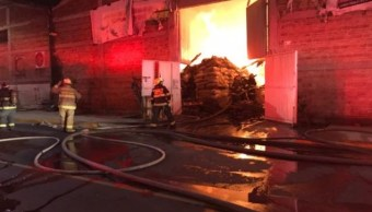 Incendio arrasa con bodega que guardaba semillas en Jalisco