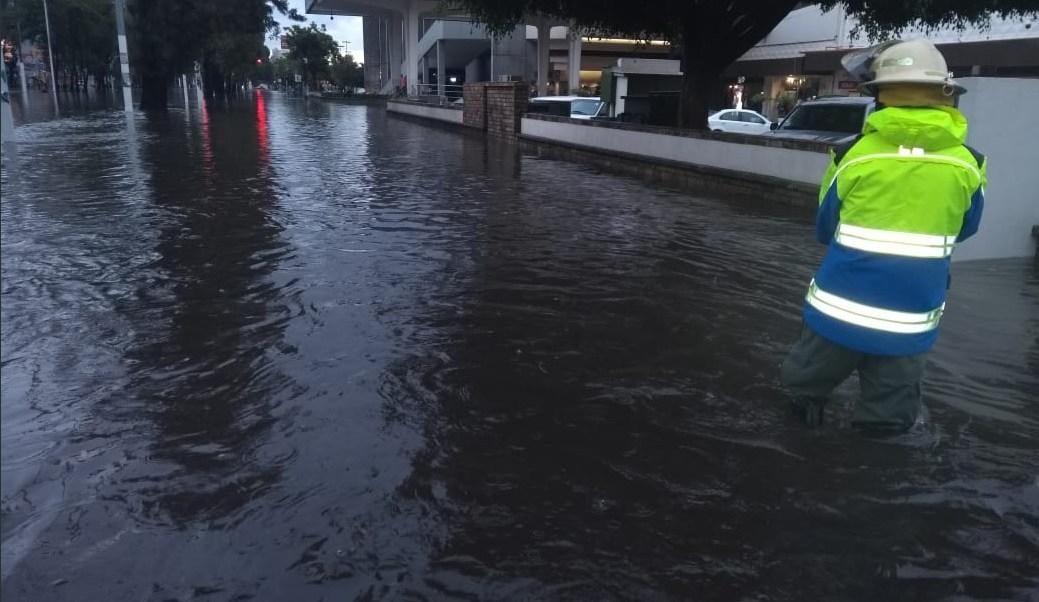 Lluvias en Guadalajara dejan un muerto